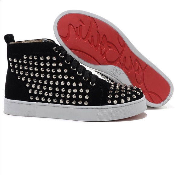 huge discount 75fb3 93adb Red Bottom Christian LouBoutin sneakers